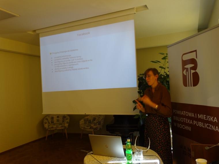 """Dominika Drobiazg """"Nowe media jako skuteczna forma promocji biblioteki"""" - szkolenie zdjecie numer 5"""